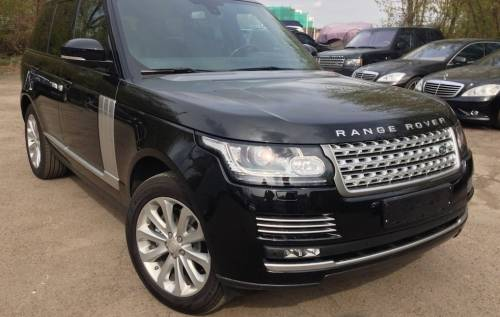Аренда  автомобиля NEW! Range Rover Vogue с водителем в Санкт-Петербурге