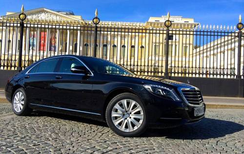 Аренда  автомобиля Mercedes-Benz S500 Black с водителем в Санкт-Петербурге